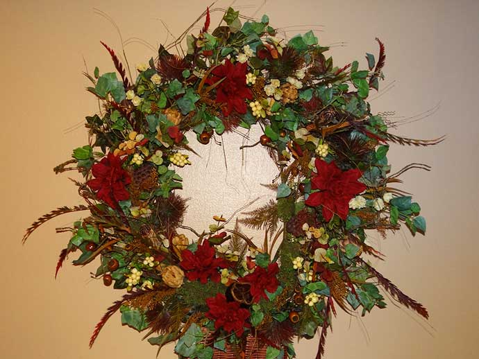 custom-above-bed-wreath